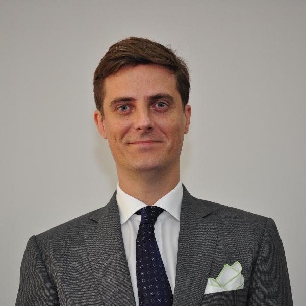 Bruno Nunes 律師;